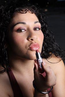 Free Woman Putting On Makeup Stock Photos - 6655433