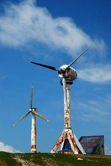 Free Old Wind Turbines Stock Photo - 6660220