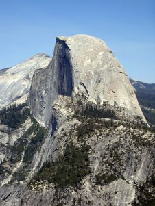 Free Half Dome Yosemite Royalty Free Stock Images - 6663609