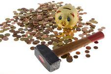 Free Hammer Crush Piggy Bank Stock Photo - 6665210