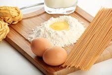Free Macaroni Stock Image - 6666391