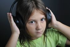 Free Music Portrait Royalty Free Stock Image - 6670826