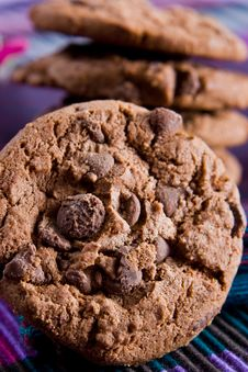 Free Close Up Of A Chocolate Chip Cookie Royalty Free Stock Photography - 6671417