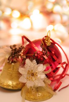 Free Christmas Bells And Ball With Blur Background Stock Images - 6671564