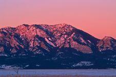 Free Sunlight Morning Light On Boulder S Flatiron Mount Royalty Free Stock Photos - 6672038
