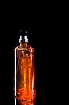 Free Perfume Bottle Isolated On Black Royalty Free Stock Photos - 6674768