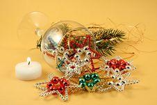Free Retro Christmas Decoration Royalty Free Stock Image - 6676026