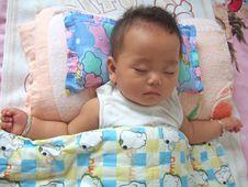 Free Sleeping Baby Royalty Free Stock Photography - 6676047