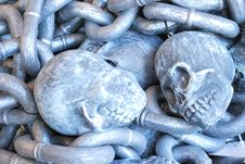 Free Skull Chains Royalty Free Stock Image - 6677486