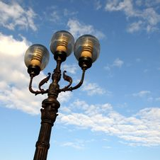 Free Ornate Street Lamps Royalty Free Stock Photo - 6684765