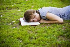 Free Young Woman Sleeping Stock Image - 6689911