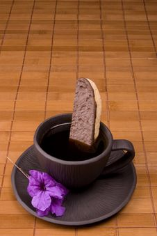 Free Coffee And Biscotti Royalty Free Stock Photos - 6691308