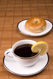 Free Tea And Bagel Stock Photography - 6691312