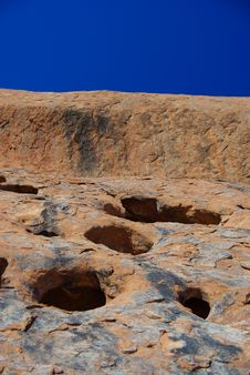 Free Hollows In Uluru Surface Stock Image - 6695181