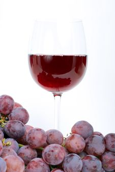 Free Red Grape With Glass. Royalty Free Stock Images - 6697339