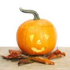 Free Halloween Lantern On Wood Royalty Free Stock Images - 6699079