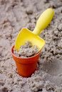 Free Yellow Shovel With Bucket In Sand Royalty Free Stock Images - 677739