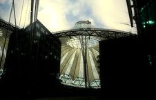Free Sony Center In Berlin Stock Photography - 672022
