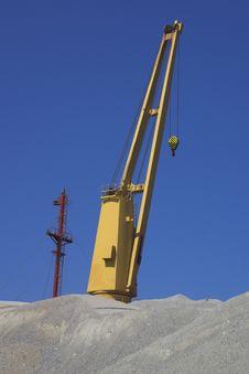 Free Yelow Crane. V Stock Image - 674201