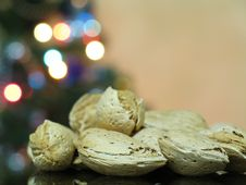 Free Almond Nuts Stock Image - 675211