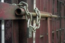 Free Padlocked Gate Royalty Free Stock Photography - 678827