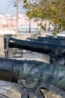 Free Row Of Historical Cannons In Gibraltar Royalty Free Stock Photos - 679878