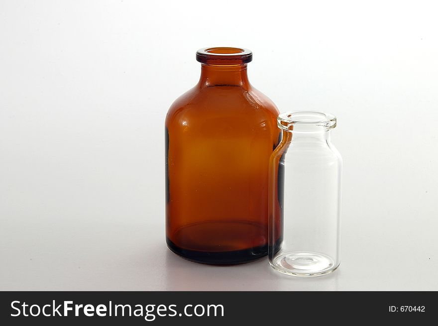 Amber bottle and clear vial