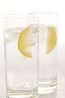 Free Water With Fresh Lemon Stock Photos - 6700033