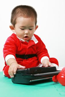 Free Chinese Santa Boy Royalty Free Stock Photos - 6700728