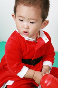 Free Chinese Santa Boy Royalty Free Stock Photo - 6700765