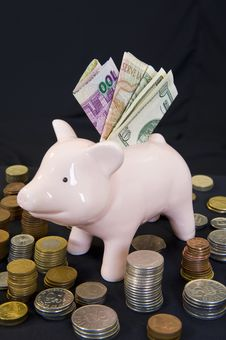 Free Piggybank With Various Currency Stock Photography - 6702252