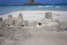 Free Sand Castle - Real Castle Stock Photography - 6704272