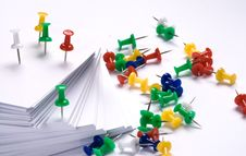 Push Pins And Paper Royalty Free Stock Photos