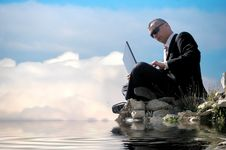 Free Men With His Laptop Working Stock Photo - 6710140
