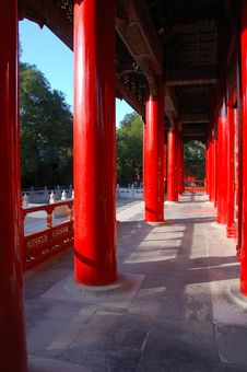 Free Chinese Pillars Royalty Free Stock Image - 6710976