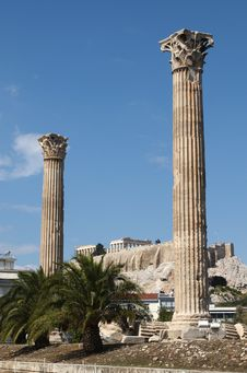 Free Temple Of Olympian Zeus Royalty Free Stock Photo - 6711045