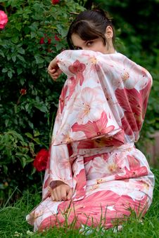 Free Girl In A Flower Yukata Royalty Free Stock Photography - 6712897