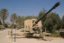Free Anti-aircraft Cannon Stock Images - 6713774