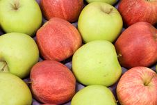 Free Apples In A Box Royalty Free Stock Image - 6714036