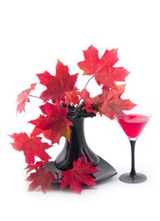 Free Glass With Red Wine Royalty Free Stock Images - 6716219