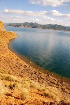 Free The Yunnan Lijiang Lu Buys The Lake Stock Images - 6716424