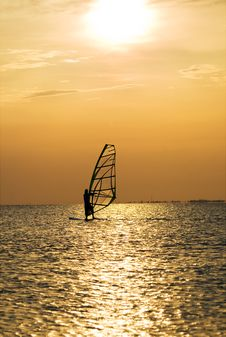 Free Silhouette Of A Windsurfer Stock Photography - 6718922