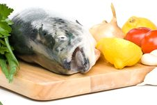 Free Fresh Salmon With Vegetables Stock Photography - 6719582