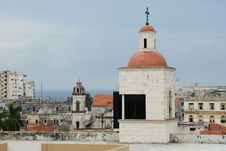 Free Churches And Roofs Of Havana Royalty Free Stock Images - 6719639
