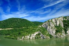 Free River Danube Royalty Free Stock Photos - 6722868