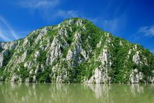 Free River Danube Stock Photography - 6722942
