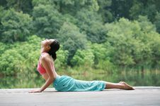 Free Young Chinese Woman Practicing Yoga Outdoor Royalty Free Stock Photos - 6726448