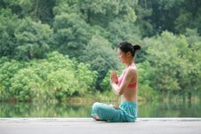 Free Young Chinese Woman Practicing Yoga Outdoor Stock Photo - 6726450