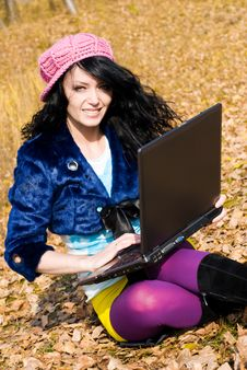 Free Pretty Girl With A Laptop Stock Image - 6727661