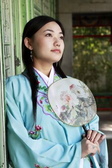 Free Chinese Girl In Ancient Dress Stock Photos - 6734603